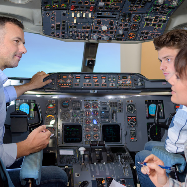 ESA Ecole Superieure Aviation Instructeurs simulateur